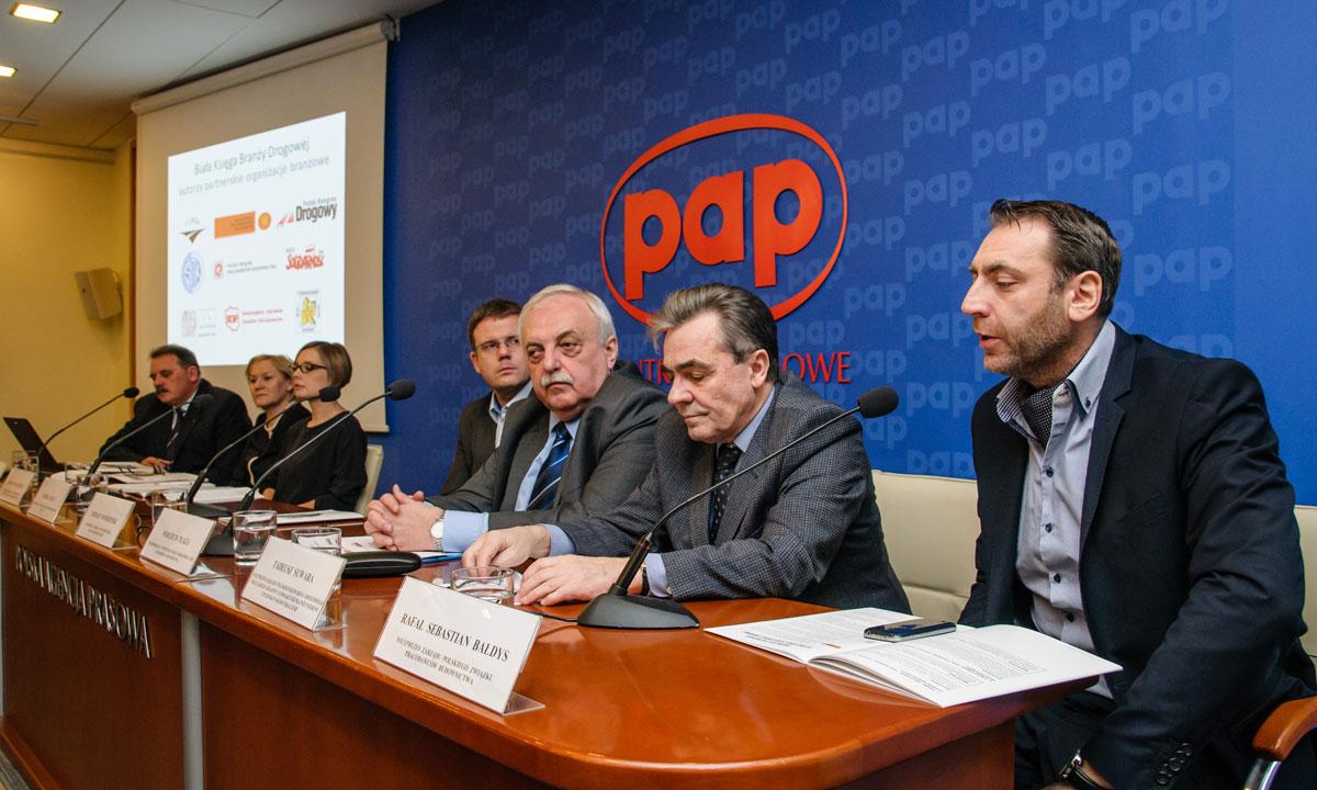 Konferencja prasowa poświęcona prezentacji Białej Księgi Branży Drogowej