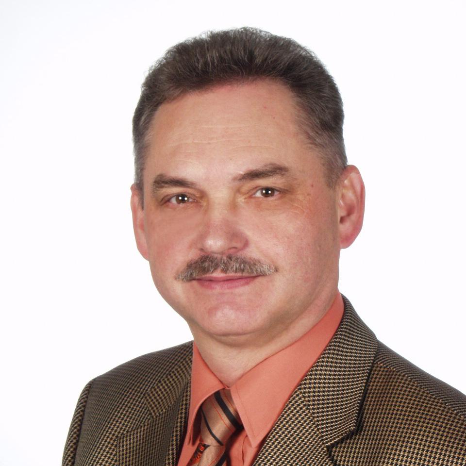 Zbigniew J Boczek